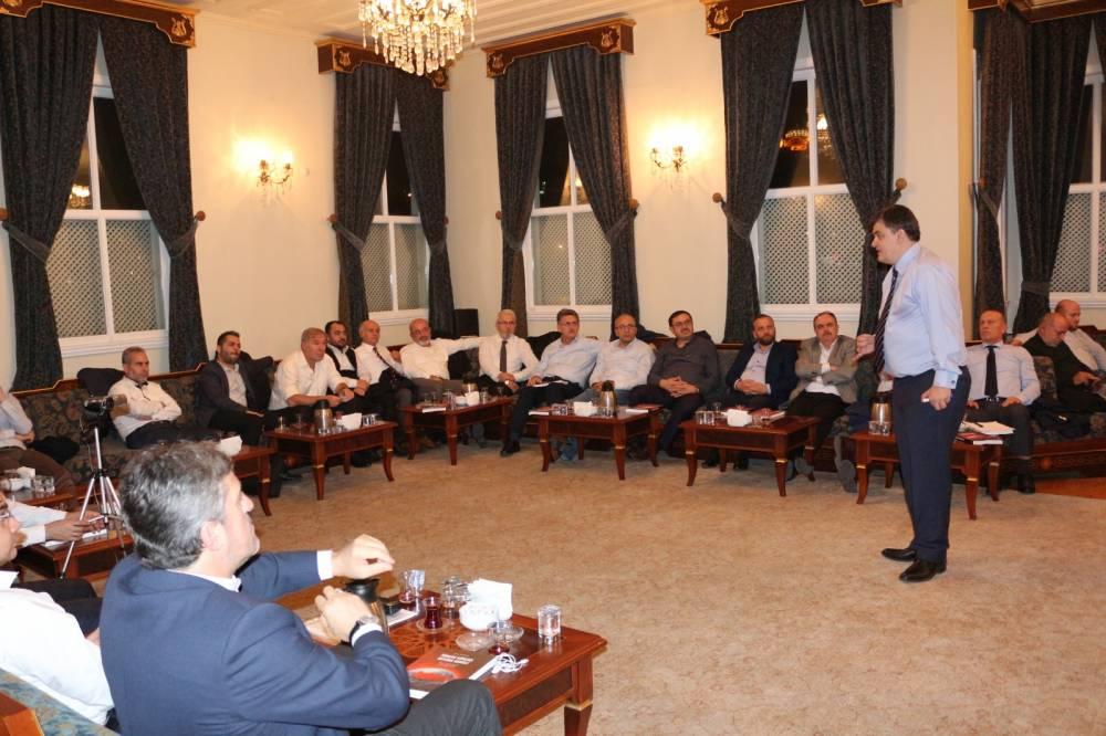 """Ekim 2018 """"(GİV) Yakın Plan Girişimci Buluşmaları""""nın Konuğu Prof. Dr. Metin Ercan oldu."""